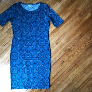 LuLaRoe Dresses - LuLaRoe Julia Sheath Dress
